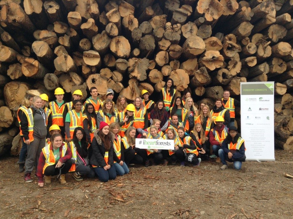 Group Shot Forestry Connects 2015